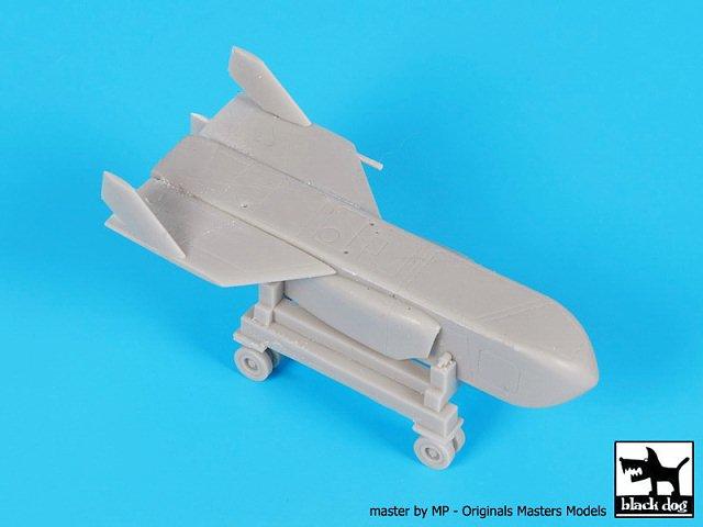 Black Dog 1//72 McDonnell ADM-20 Quail Decoy Cruise Missile on Trolley A72032