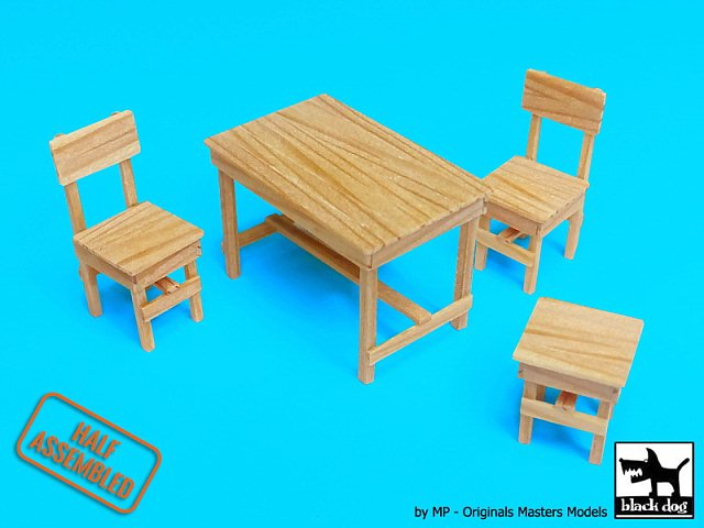 Groovy Details About Black Dog 1 35 Wood Table W 2 Chairs Stool Half Assembled Model Kit W35004 Machost Co Dining Chair Design Ideas Machostcouk