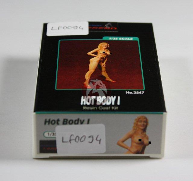 Peddinghaus Industry Singapore: Legend 1/35 Hot Body I [Girl In Bikini Resin Figure Model