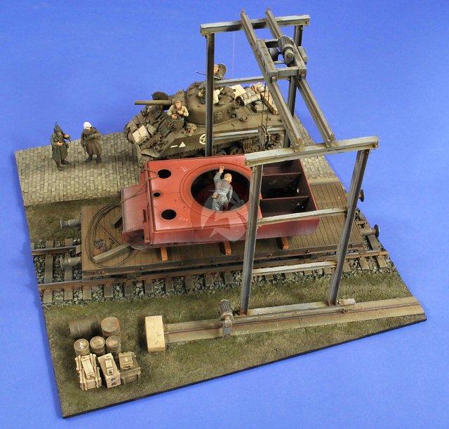Peddinghaus Industry Singapore: Verlinden 1/35 Panzerwerk Workshop Overhead Gantry Crane