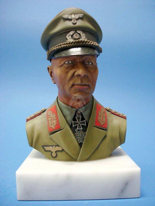 "Peddinghaus Industry Singapore: Verlinden 1/4 German Field Marshal Erwin Rommel ""The"